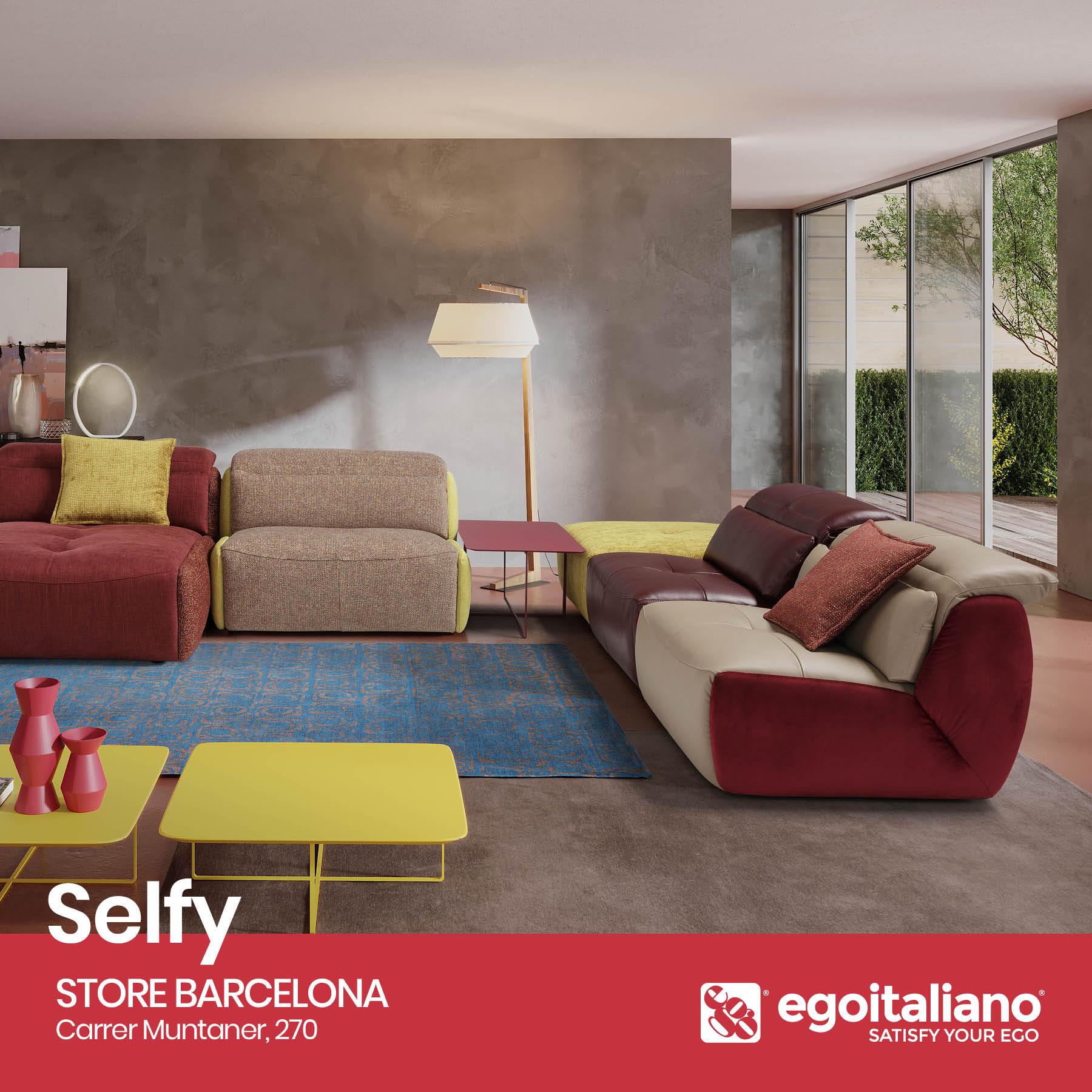 Elegir sofás de diferentes colores para decorar el salón